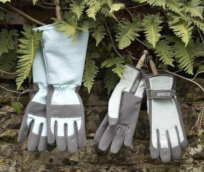 Sophie-Conrad-Gardening-Gloves-Gardenista