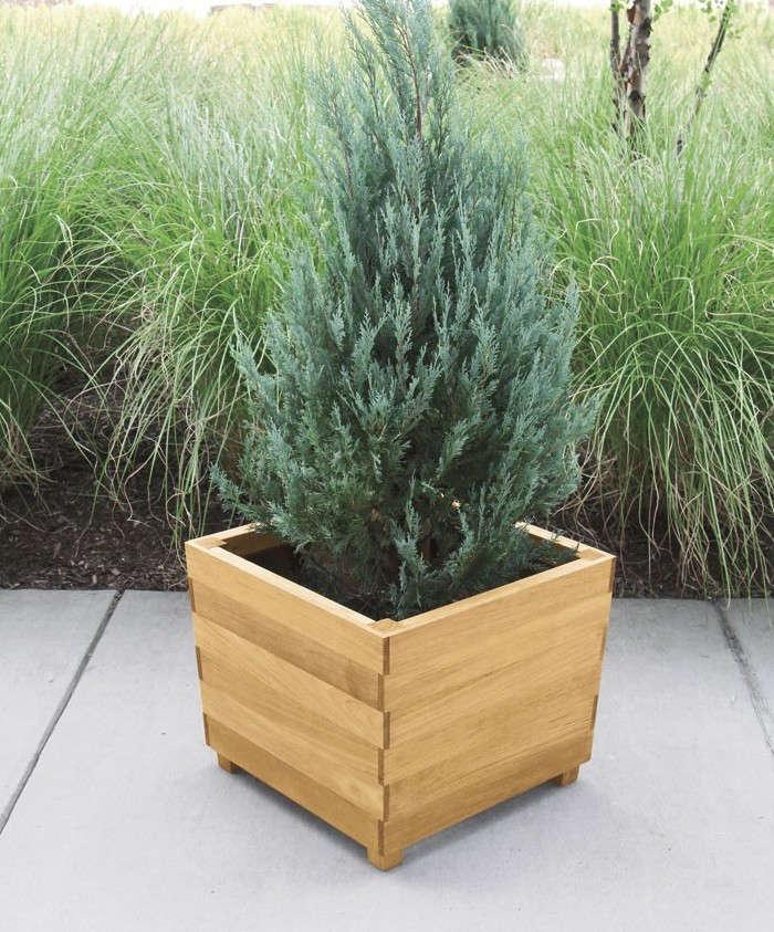 Studio square teak planter gardenista for Wooden studios for gardens