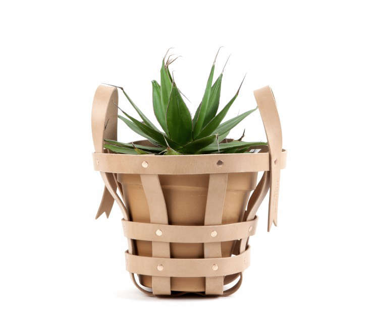 Strap-Planter-Small-WB-byAMT