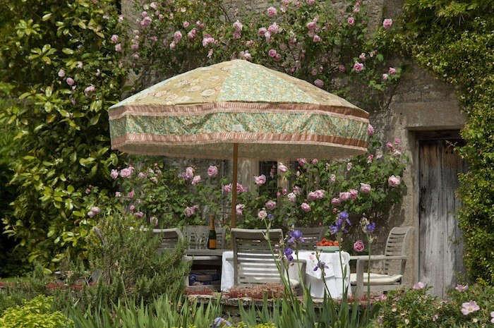 Sunbeam-Jackie-Hand-Crafted-Parasols-Remodelista-04