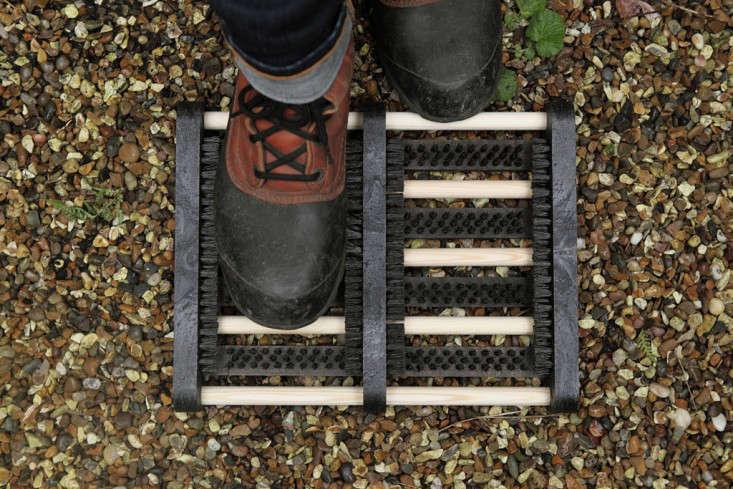 Iris Hantverk S Boot Scraper Gardenista