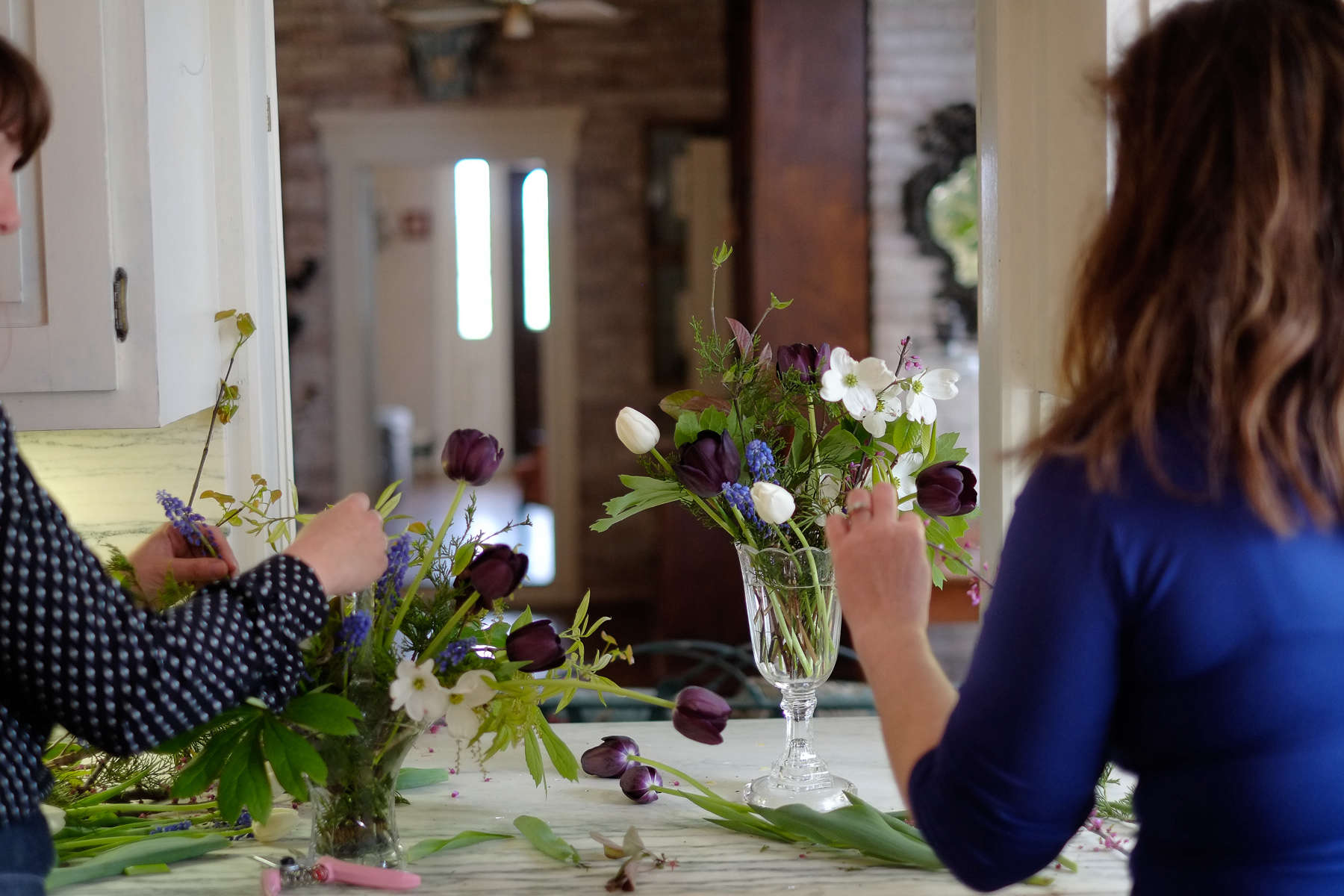Tara-Douglas-wedding#2sleeve-gardenista-SPMP-20140501-022