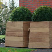 Tendence-Wood-Planter-Box-by-Out-Standing-Gardenista