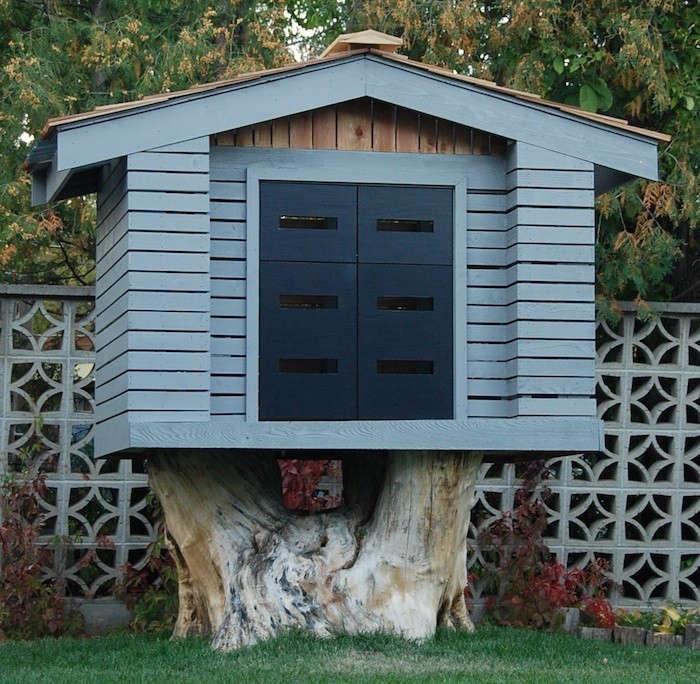 Tree-Stump-Tree-House-Gardenista