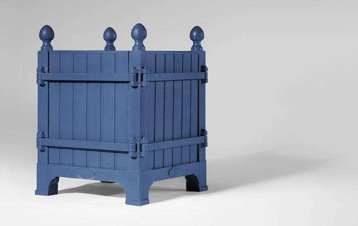Versailles-Planter-Box-Blue-Portrait