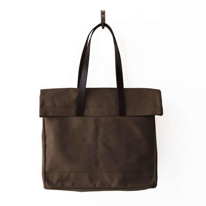 Weekendbag-Leather-Fold-Weekender-Tobacco