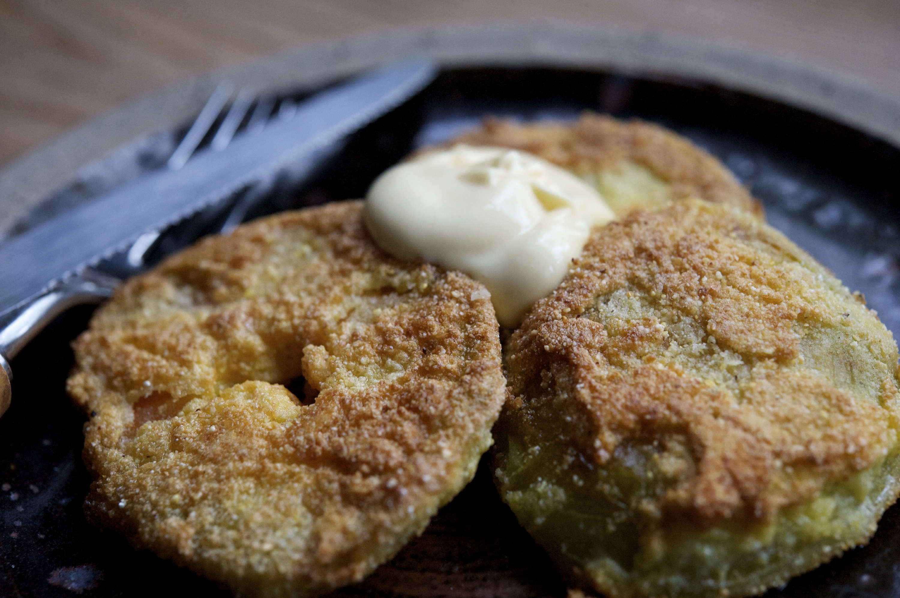 Garden-to-Table Recipe: Fried Green Tomatoes from a Cook's Garden ...