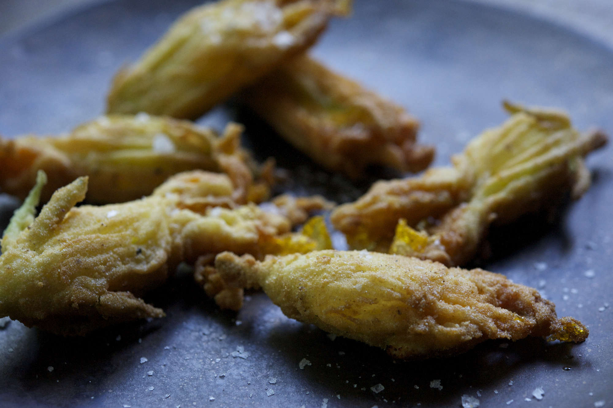 #7 fried blossoms-zucchini-carpaccio-recipe-laura-silverman-gardenista