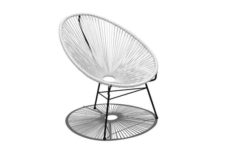 acapulco-chair-white-gardenista