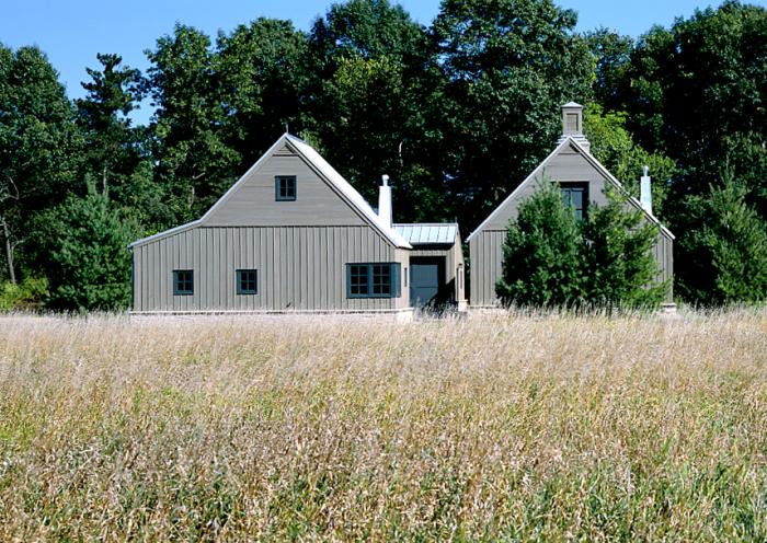 Architects 39 roundup 10 contemporary farmhouse gardens for Modern farmhouse architects