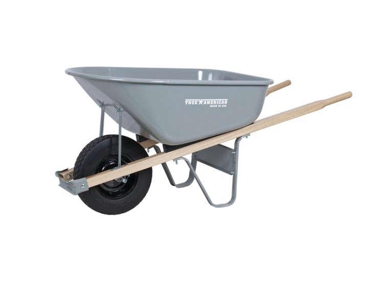 ames-co-poly-wheelbarrow-gardenista