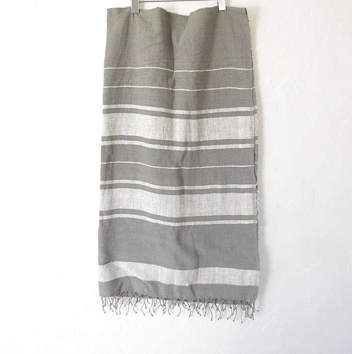 aneelo-linen-picnic-blanket