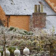 arne-maynard_frosted_kitchen_garden_britt_willoughby_dyer-gardenista