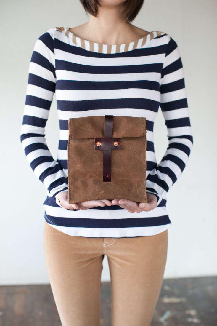 artifact bags lunch tote brown