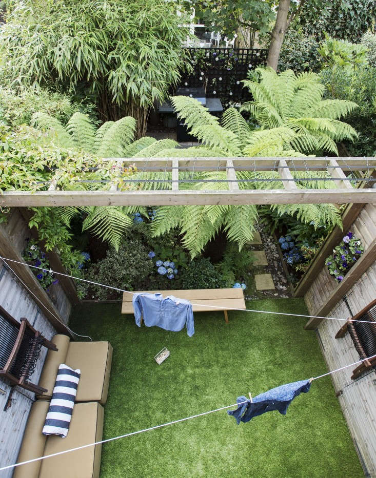 Pros And Cons: Artificial Grass Versus A Live Lawn: Gardenista