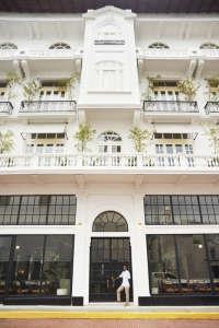 Ace Hotel Panama balcony potted plants ; Gardenista