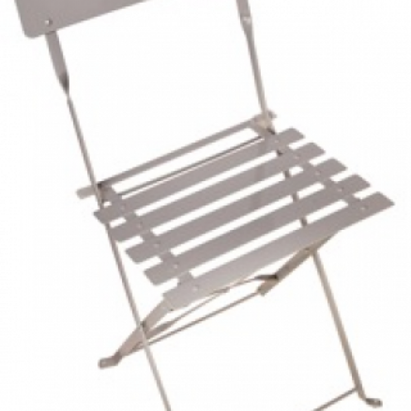 balcony-gardener-fold-up-chair-gardenista