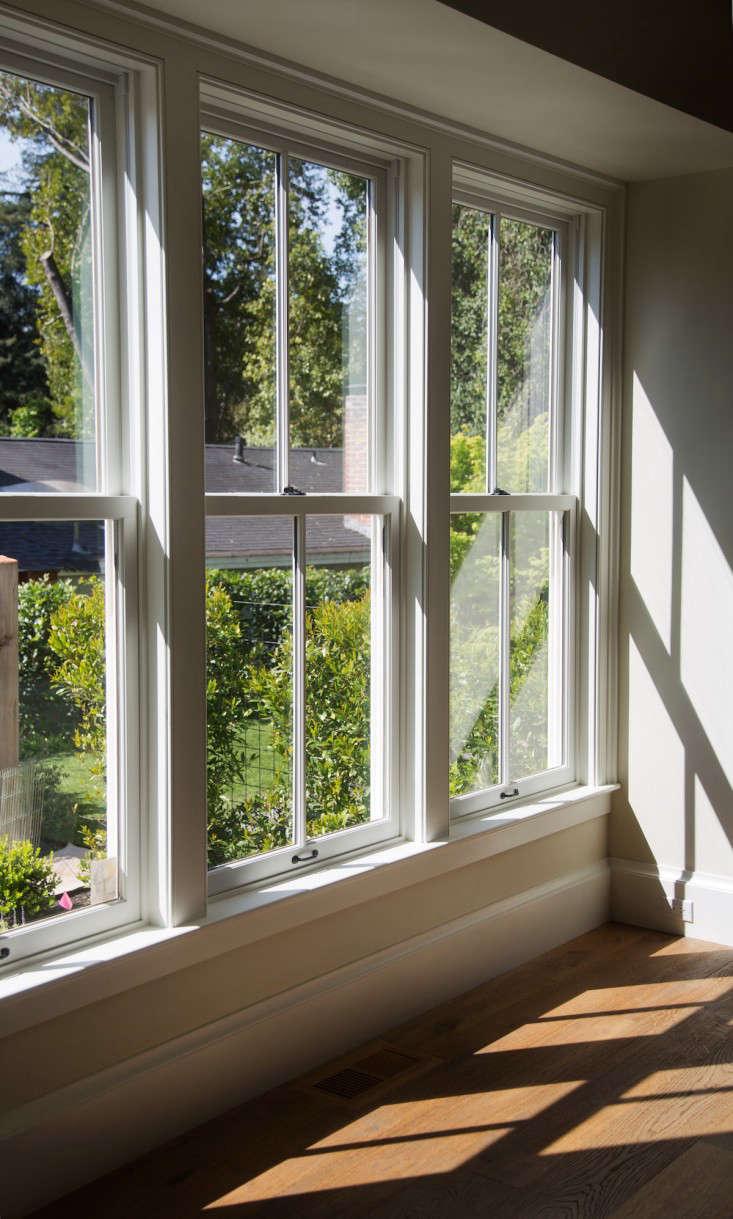 barbara-chambers-garden-through-windows-gardenista
