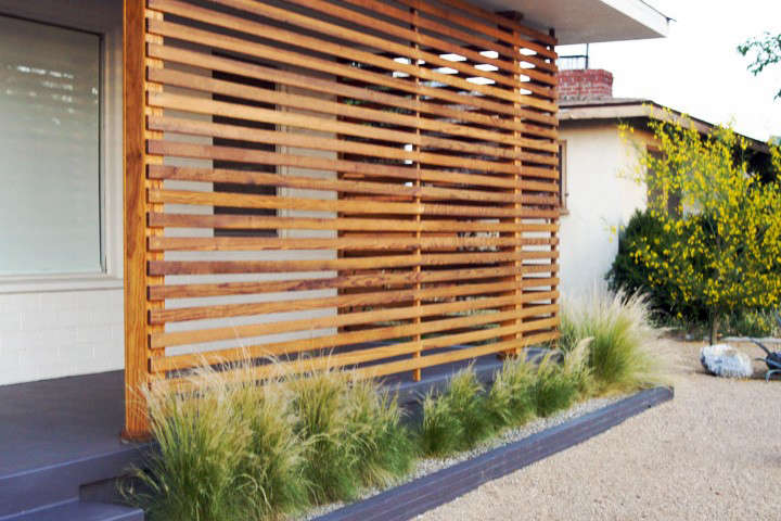 before-and-after-front-yard-landscaping-brick-house-gardenista-7
