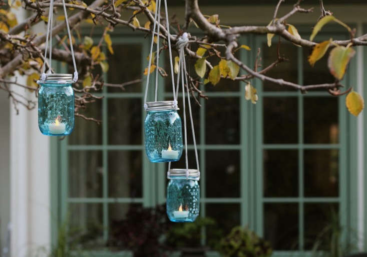blue glass hanging lanterns l Gardenista