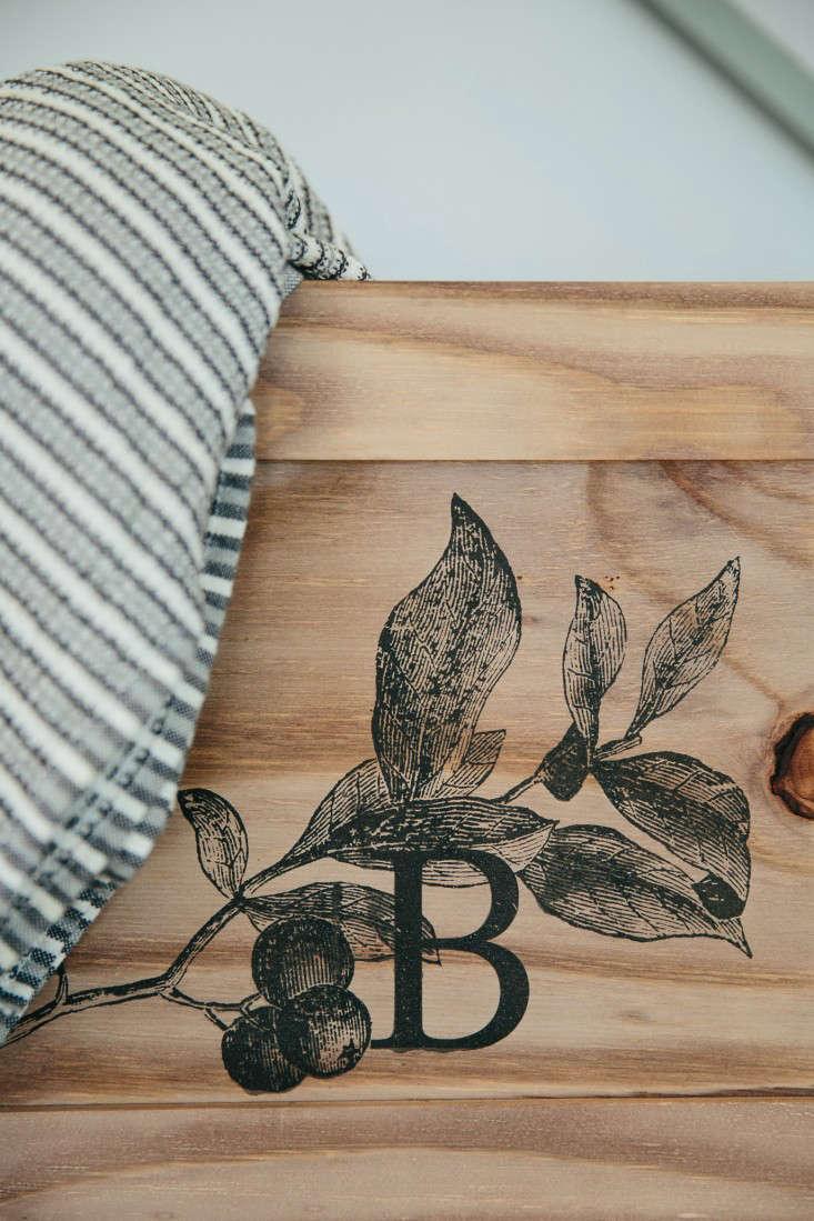 blueberry-cafe-samantha-maber-logo-gardenista