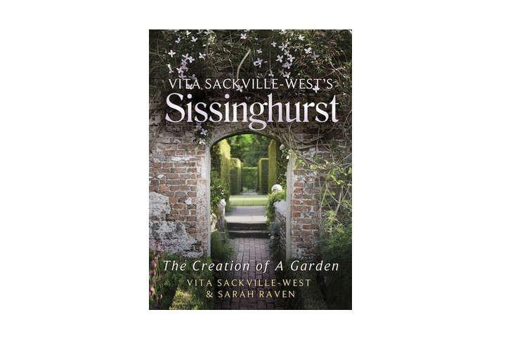 book-cover-sissinghurst-by-sarah-raven-gardenista