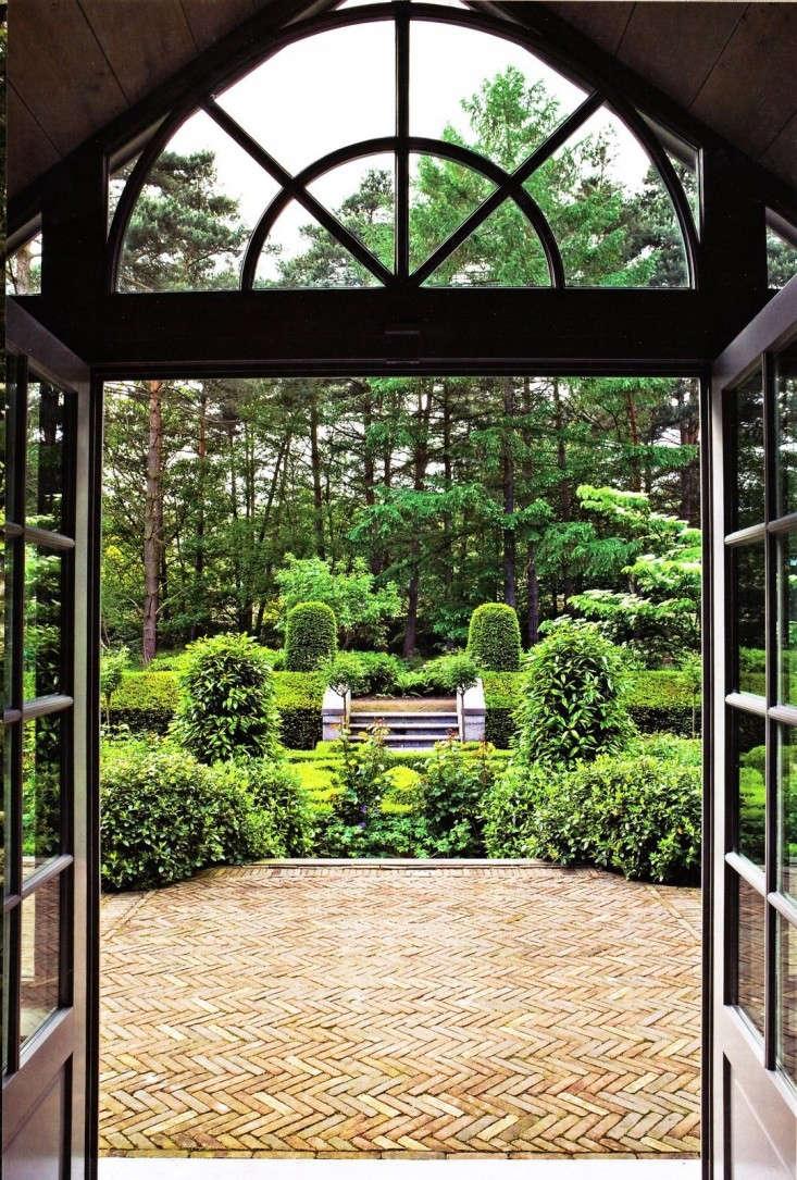 brick-patio-exceptional-gardens