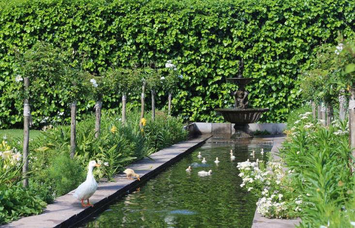 canal-Cellars-Hohenort-Marie-Viljoen-Gardenista