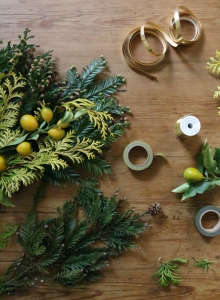 a very chartreuse christmas in a tiny apartment | gardenista