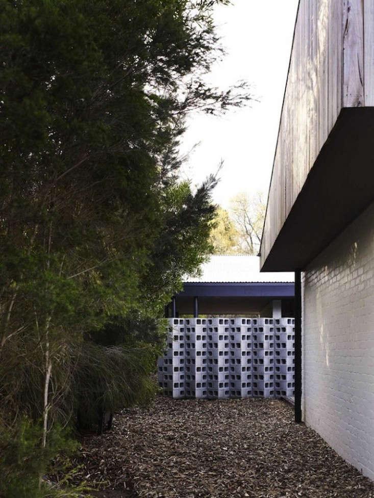 10 Genius Garden Hacks With Concrete Gardenista