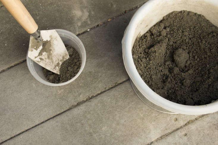 concrete-planter-diy-budget-gardenista