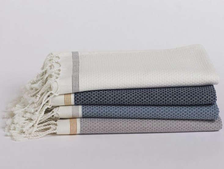 coyuchi-mediterranean-towel-set-gardenista