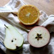 dried-fruit-garland-4-erin-boyle-gardenista