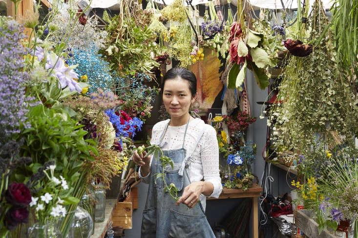 eatrip-little-flower-shop-tokyo-aya-brackett-gardenista-14