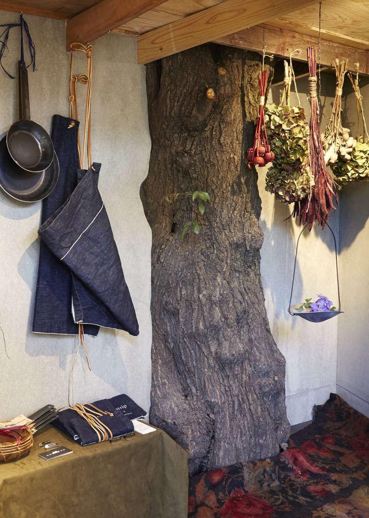 eatrip-little-flower-shop-tokyo-aya-brackett-gardenista-4