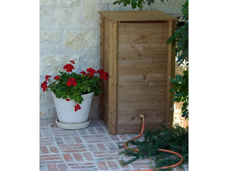 eco-square-wood-rain-barrel-gardenista