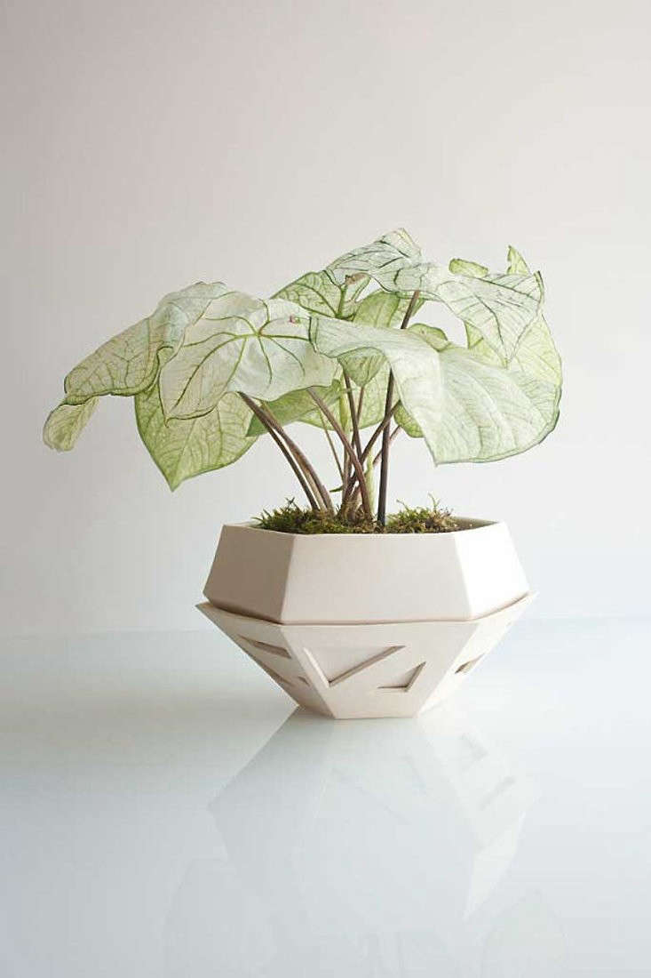 etsy-white-pot-planter-gardenista