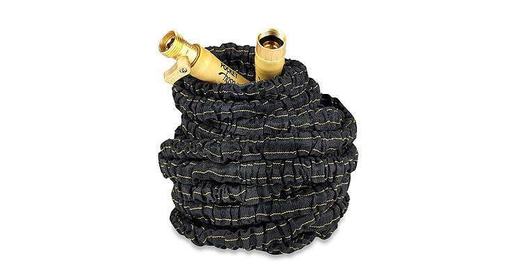 expandable-accordion-garden-hose-gardenista