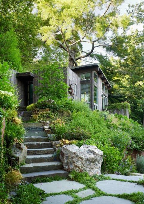 Architects 39 roundup 10 garden stairways gardenista for Mill valley architects