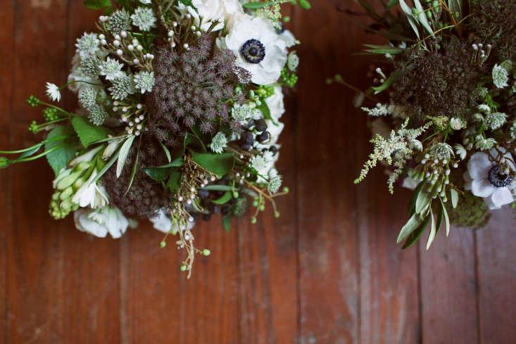 floral-arrangements-12-lily-peterson-olivia-rae-james