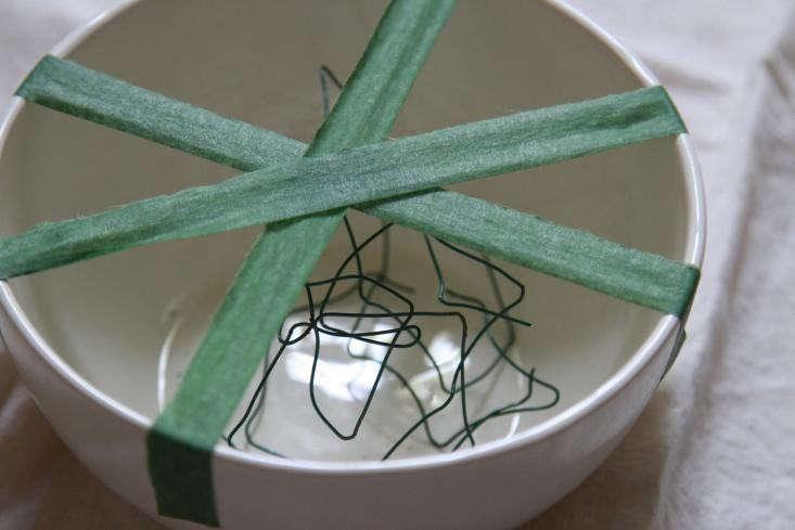 flower-frog-floral-tape-gardenista-diy