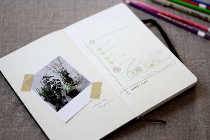 front-make-a-garden-journal-erinboyle-gardenista