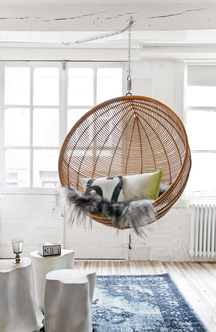 furniture-wonderful-egg-shape-rattan-hanging-chair-10