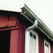 galvanized-steel-gutters-barn-gardenista