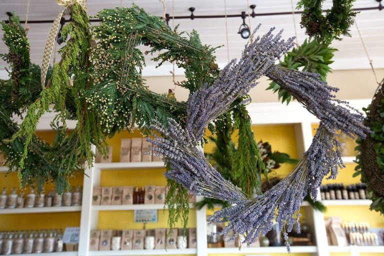 garden-apothecary-half-moon-bay-lavender-wreath-gardenista