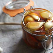 garlic-honey-8-erin-boyle-gardenista