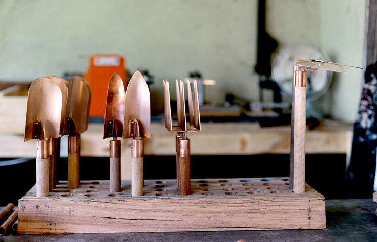 grafa-copper-hand-tools-gardenista