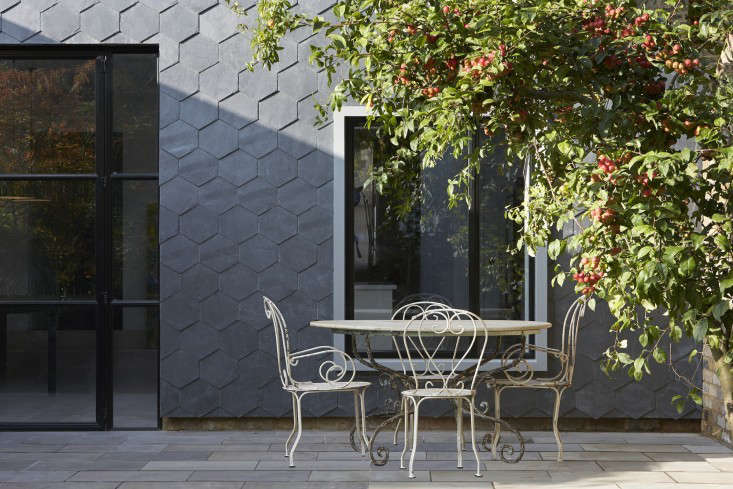 Hardscaping 101 How To Care For Metal Patio Furniture