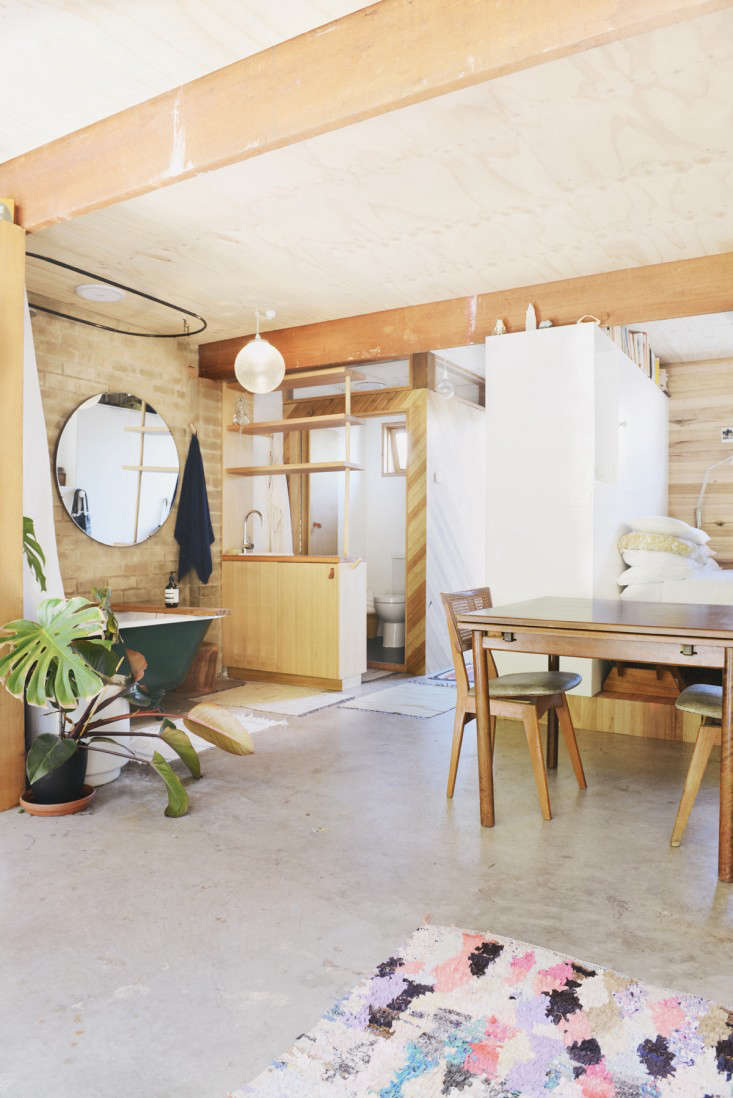 Outbuilding of the Week: Garage Turned Studio Apartment - Gardenista