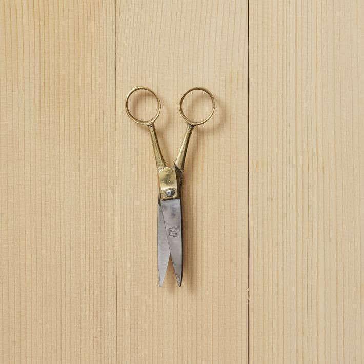 heirloom-scissors-gardenista